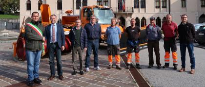 Carraro consegna un nuovo Unimog 318 al Comune di Arsiè