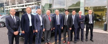 Visita a sorpresa del vicepresidente di Subaru
