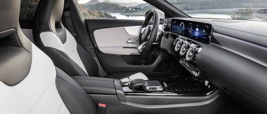 Mercedes CLA Shooting Brake: interno