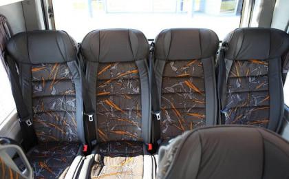Allestimenti interni minibus turistici Mercedes-Benz