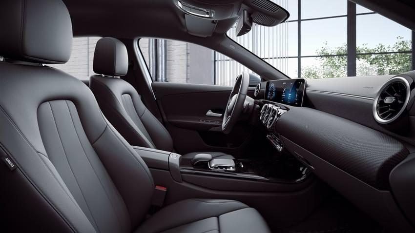 Interni Mercedes Classe A Business Extra